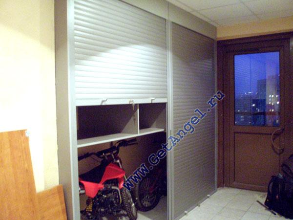 105Шкаф в общий коридор