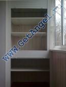 Шкаф на балкон. Дверь- сдвоенная ролета. Полки переставляемые